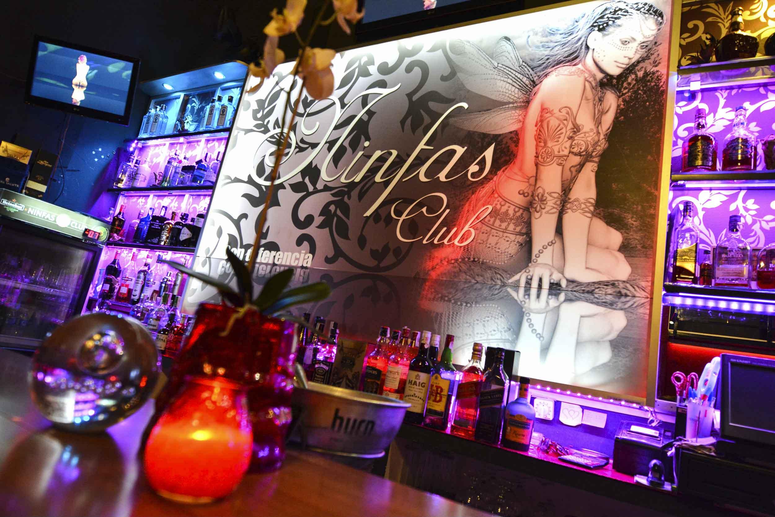 Ninfas Club Es Sin Duda El Mejor Club De Alterne En Tenerife  # Muebles Para Night Club